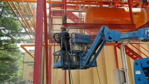industrial-during-dustless-blasting